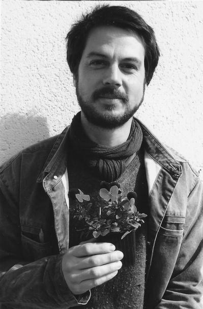 Fake Bio - Simon Martin