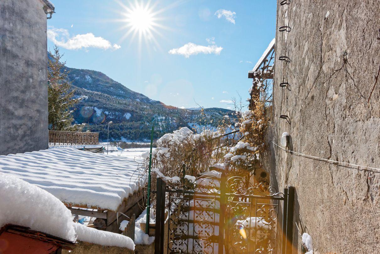 François Grados Photographe St André les Alpes nous propose des clichés de la Mure pris le Vendredi 31 janvier , Merci de cette participation