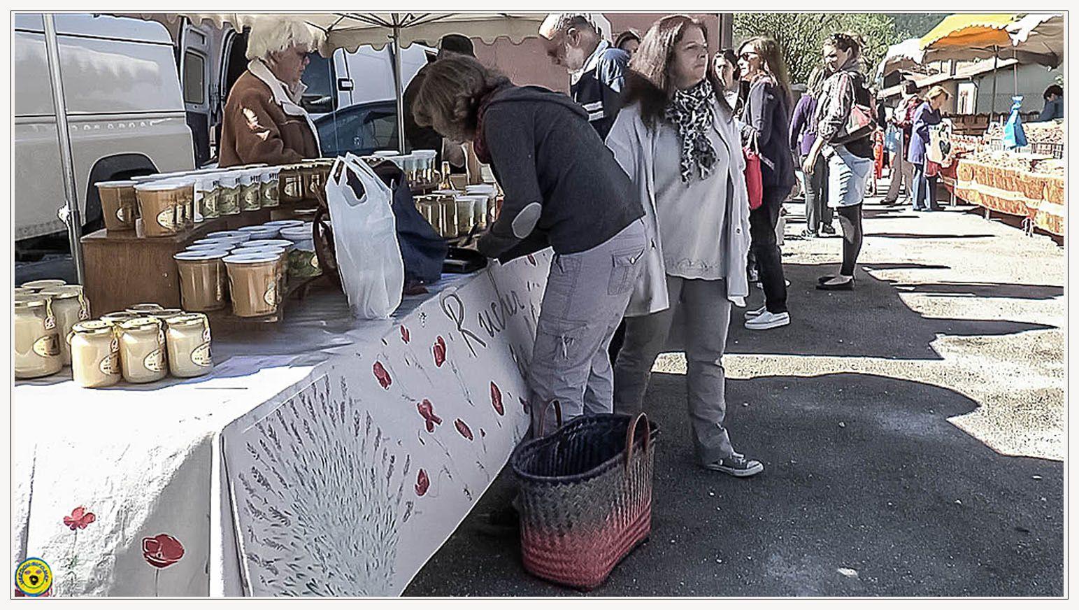 Visite au marché de St André les Alpes