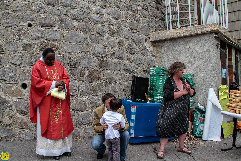 La fête du pain de Saint Julien du Verdon moment convivial au cœur du village.