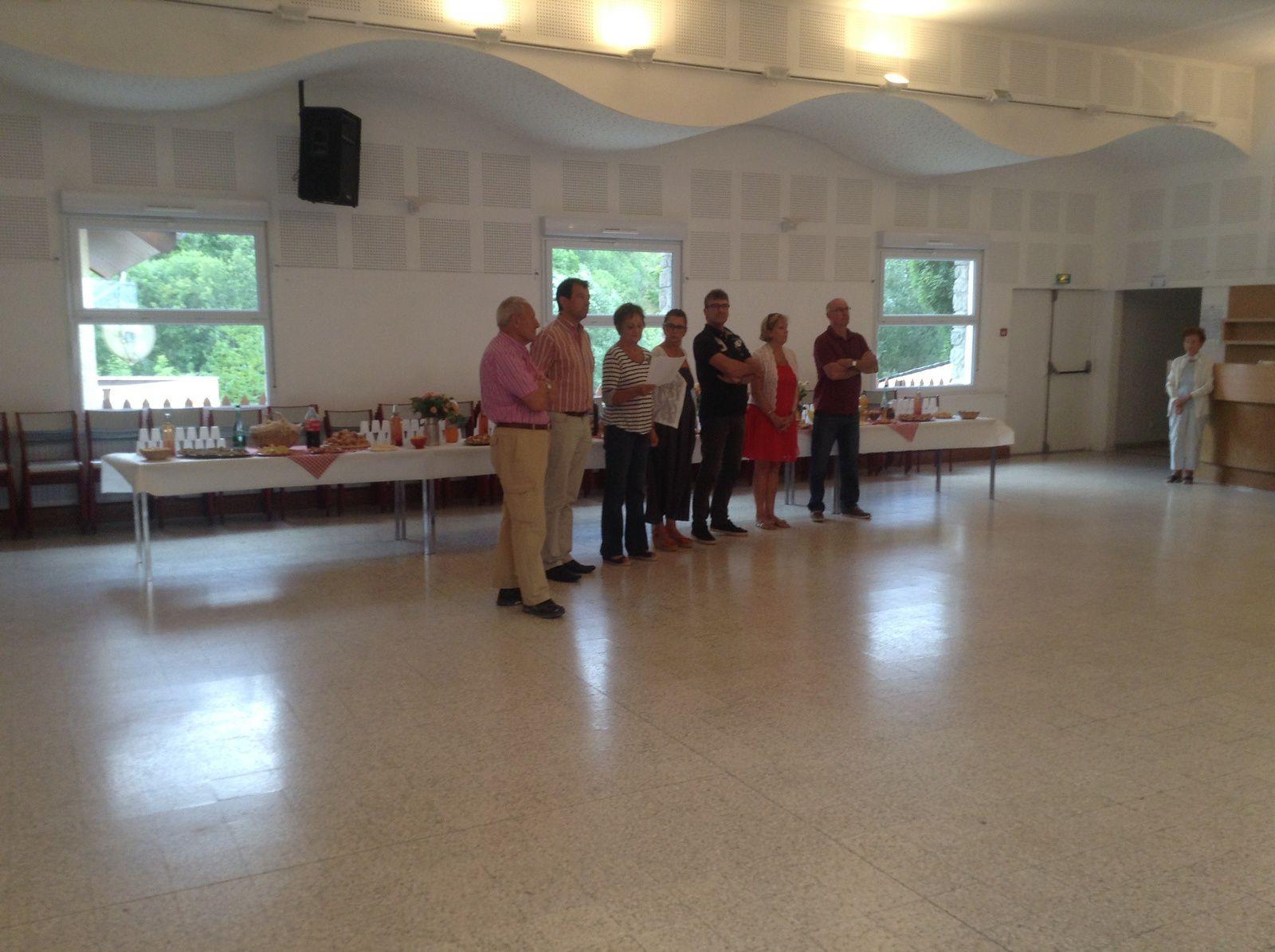L'équipe Municipale d'Allos réunie pour les remerciements