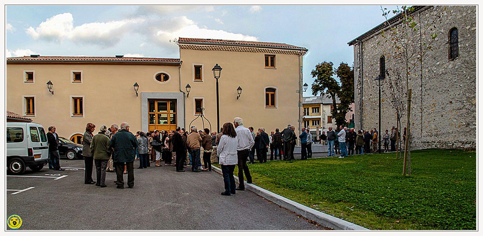 Saint André les Alpes: La mairie de St André inaugurée en grandes pompes