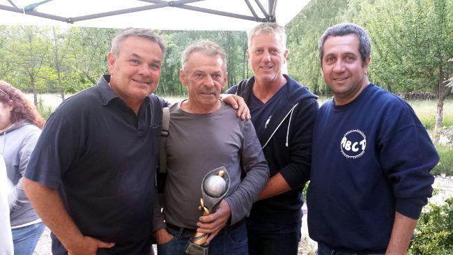 Les Finalistes  Michel ROMAN et Stéphane DUNAN qui ont battu en finale Jean Pierre BIGOTTI (président de l'association) et Marc PELLEGRINO