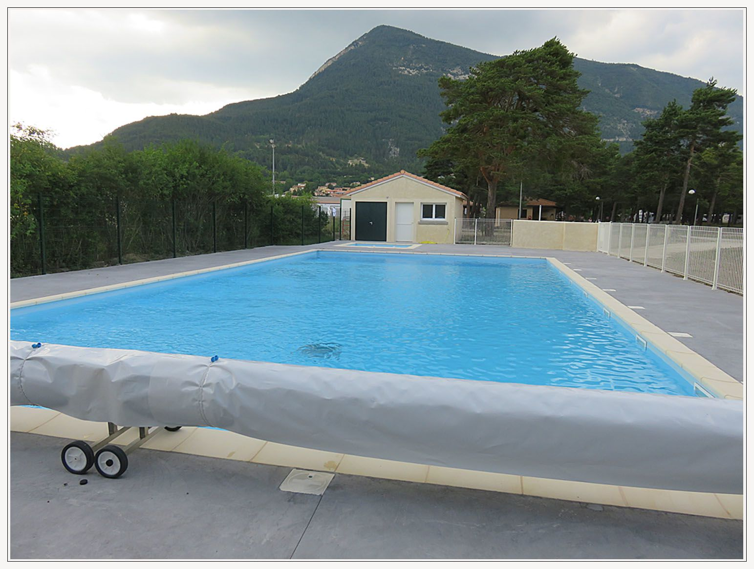 Saint andr les alpes le camping municipal a d sormais for Camping verdon piscine