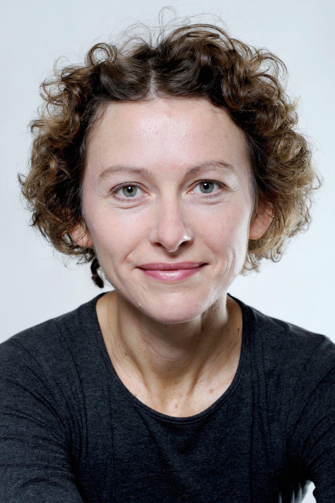 Vanda Benes, première voix des annonces du métro parisien en 2002