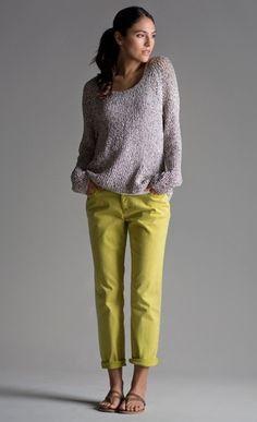 du jaune dans la garde-robe ! source pinterest.com