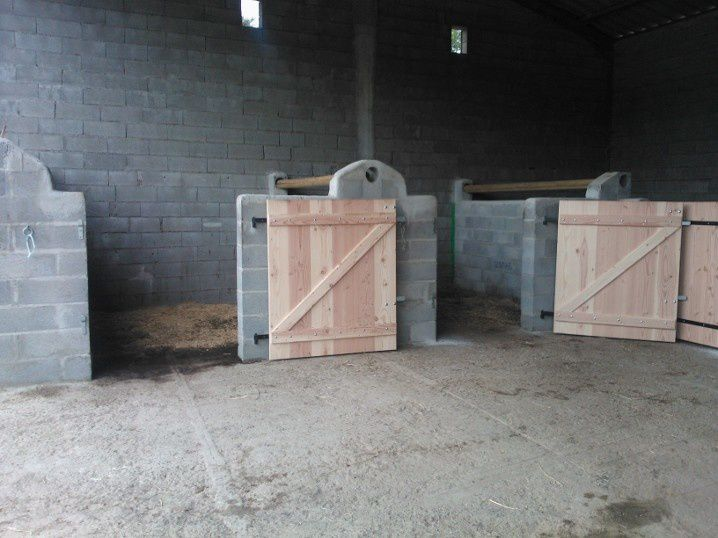 portes pour box de chevaux lau bois creations. Black Bedroom Furniture Sets. Home Design Ideas
