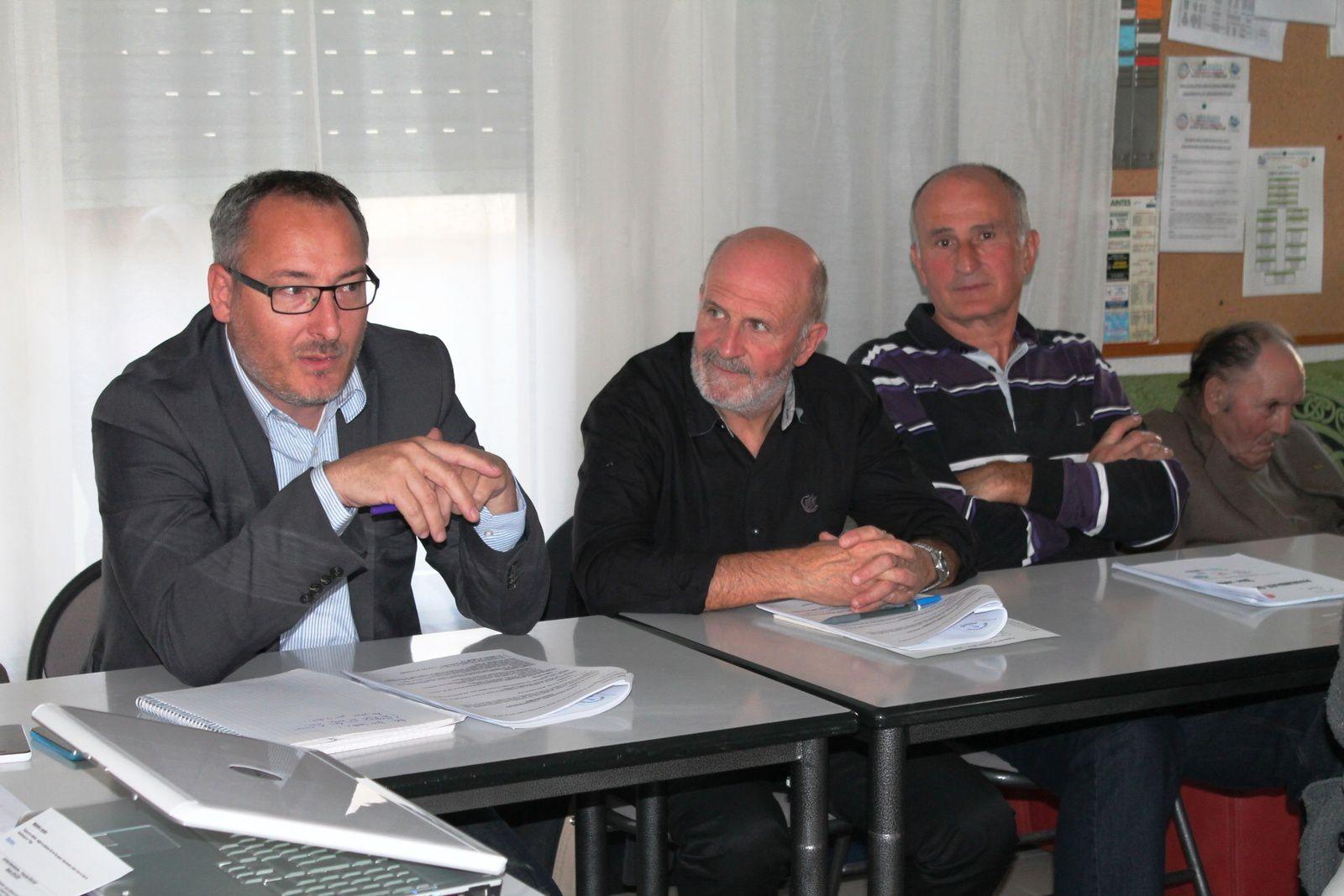 M. DRAPRON, Maire Adjoint (Sports) de la Ville de Saintes, M. LEMOINE, Président du CBD 17, M. PUBERT, Président Mutuelle Entrain