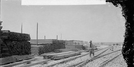 La ligne Berlin-Badgad. Construction d'un pont temporaire sur l'Euphrate, entre 1900 et 1910. Library of Congress/American Colony (Jerusalem).