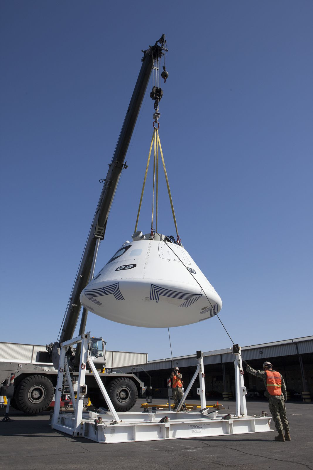 Tests des procédures de transport d'Orion de San Diego vers le KSC.