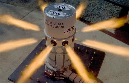 Orbital ATK signe un accord pour le moteur du LAS d'Orion