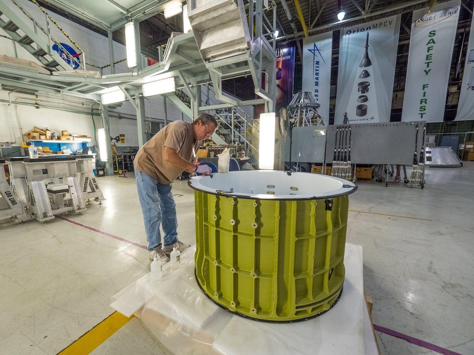 Préparatifs pour le soudage de Orion EM-1