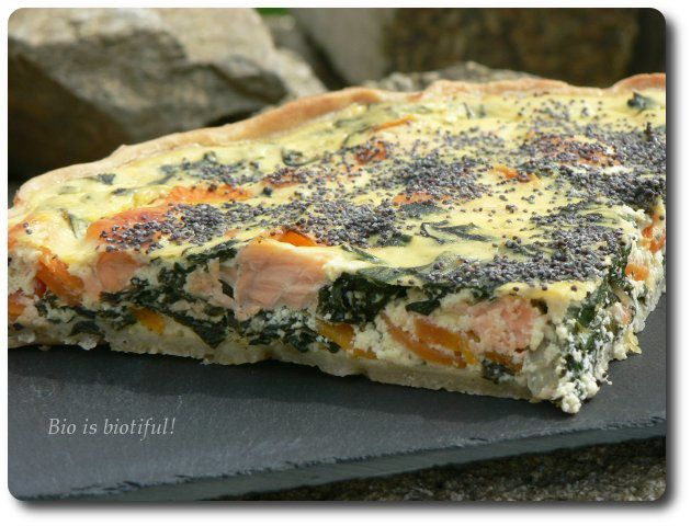Tarte saumon, feuilles de blettes et carottes