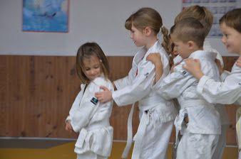 Photos du cours enfants du mercredi à Cavaillon
