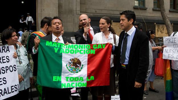 La Cour suprême soutient le mariage gay et met le Mexique à l'avant-garde