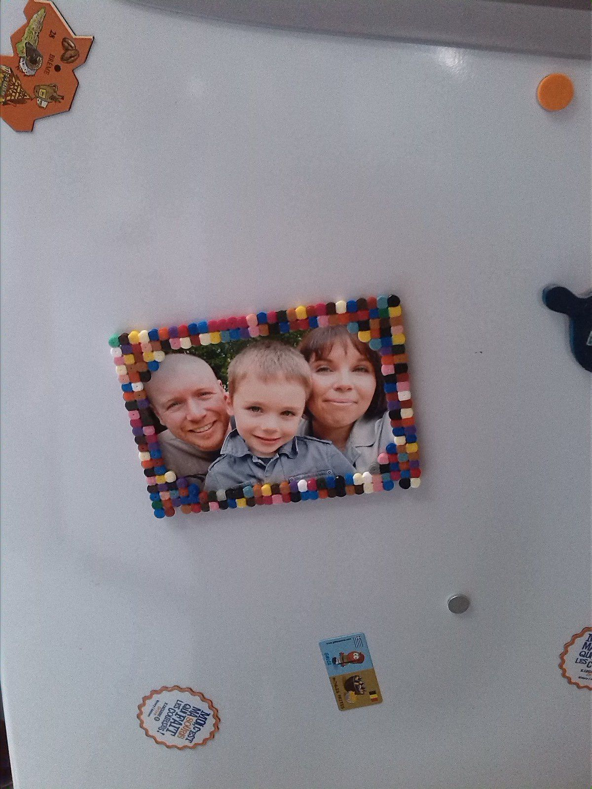 Version aimantée sur le frigo.