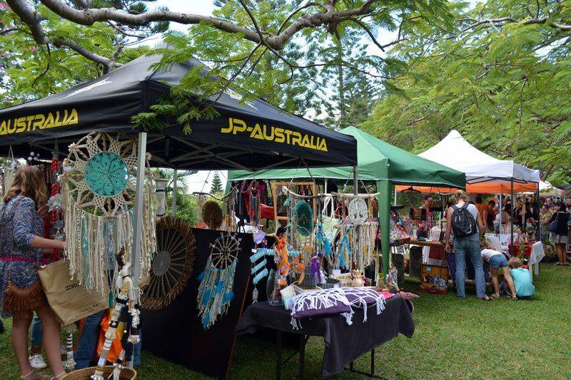 Marché Musico-Alternatif au Parc Zoologique Et Forestier de Nouméa