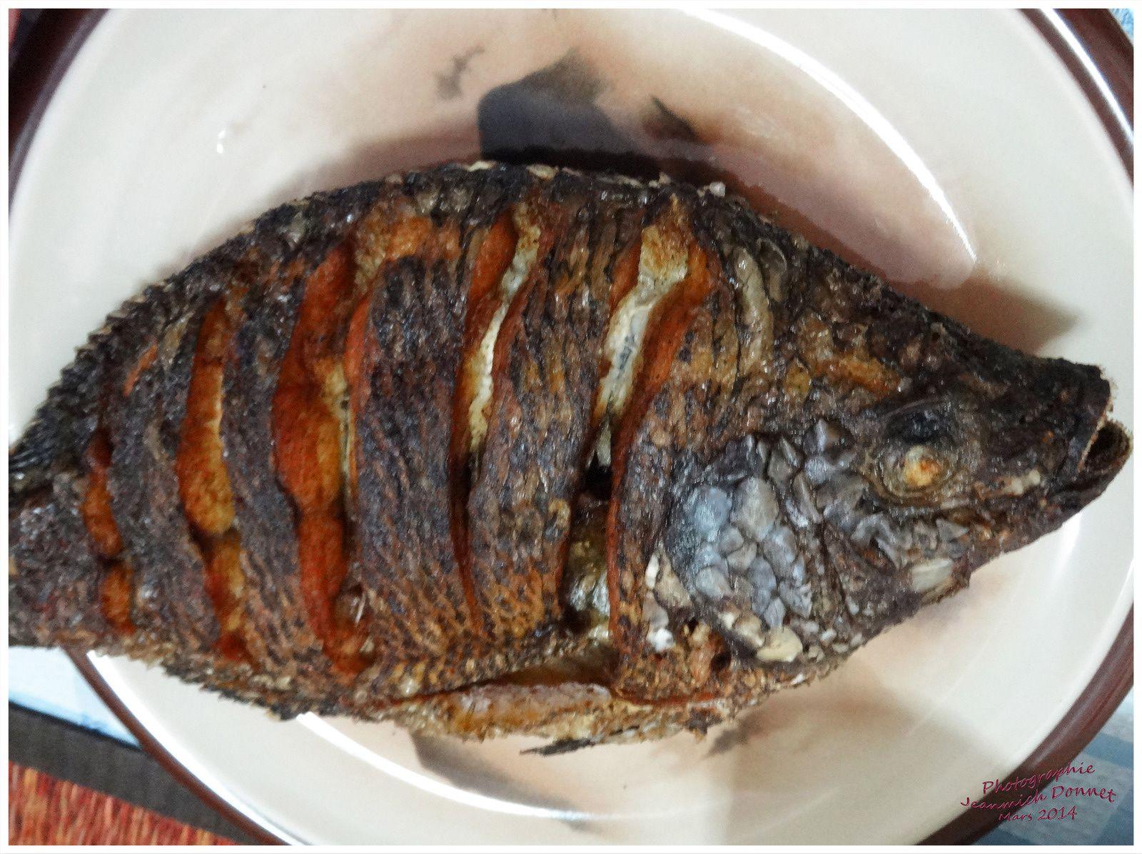 Un beau poisson grillé pour ceux, pas nombreux qui n'aiment pas l'agneau....