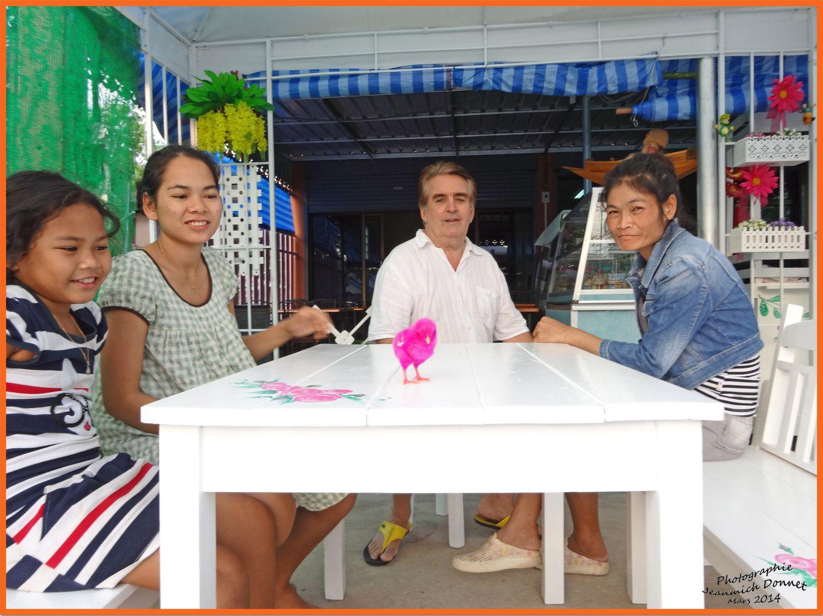 Un tout nouveau restaurant à Ubonrat (Issan)