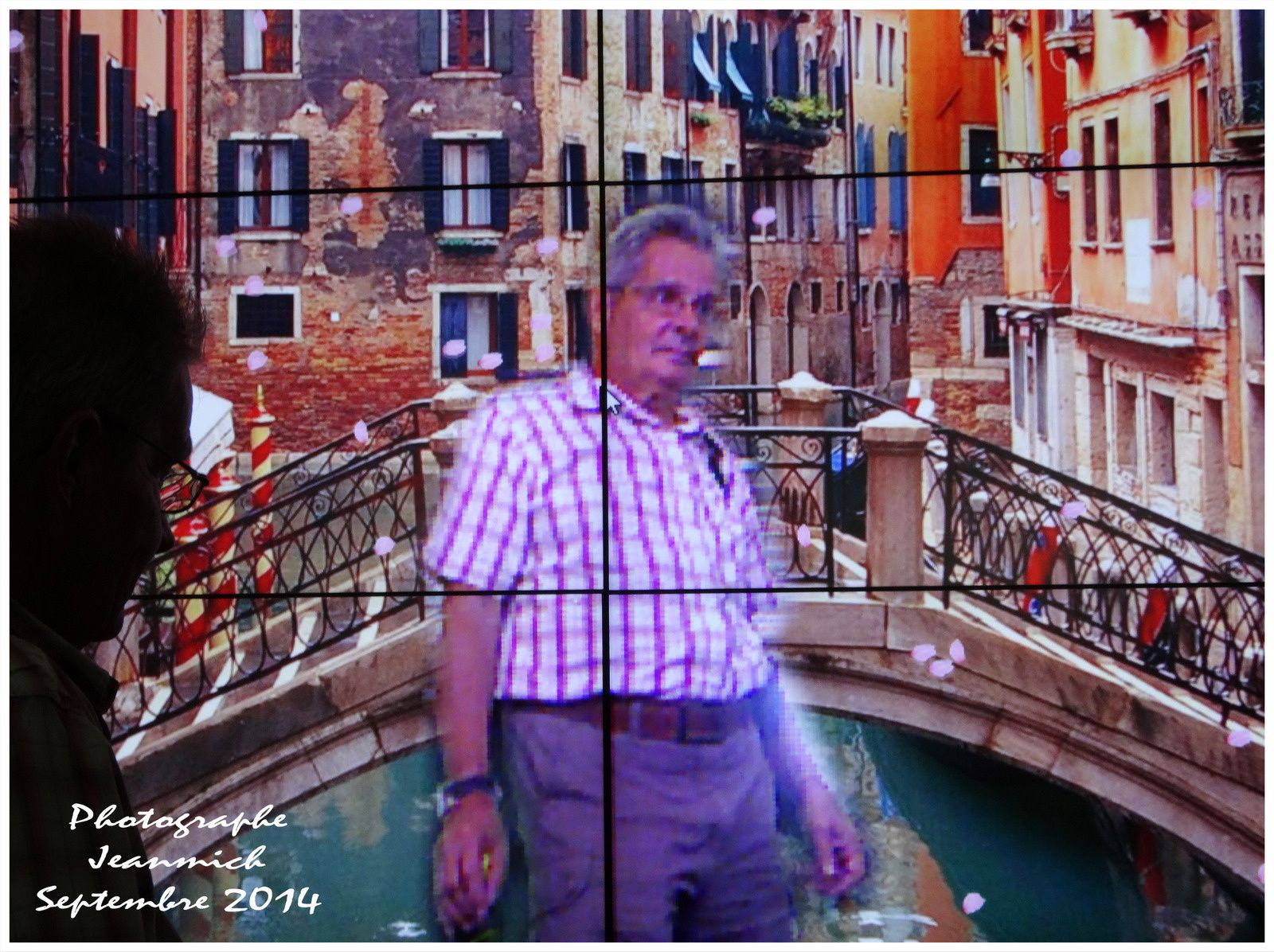 Un aller-retour à Bangkok en passant par Venise et Rio.....,
