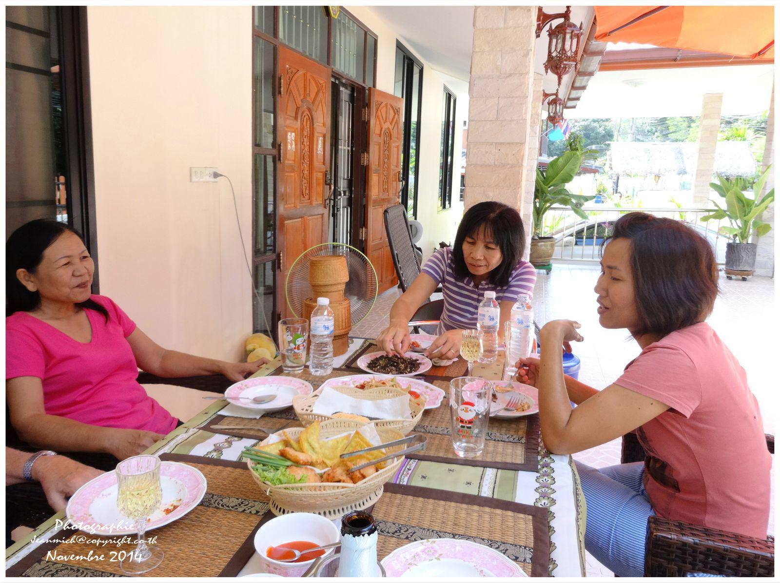 Un agr able samedi avec les amis le blog de khon for Repas avec des amis