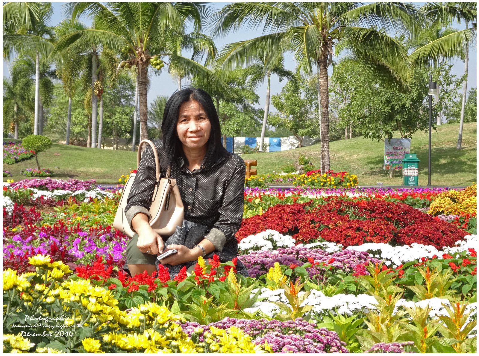 Une fleur parmi les fleurs....
