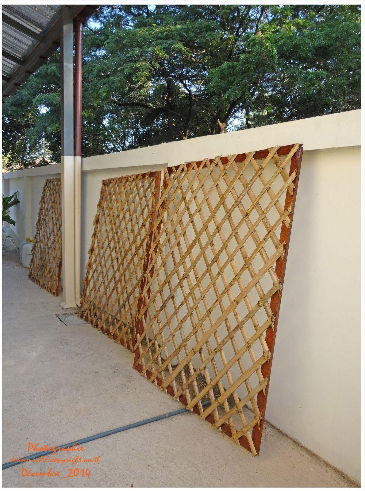 Construction et pose de panneaux en bambou....