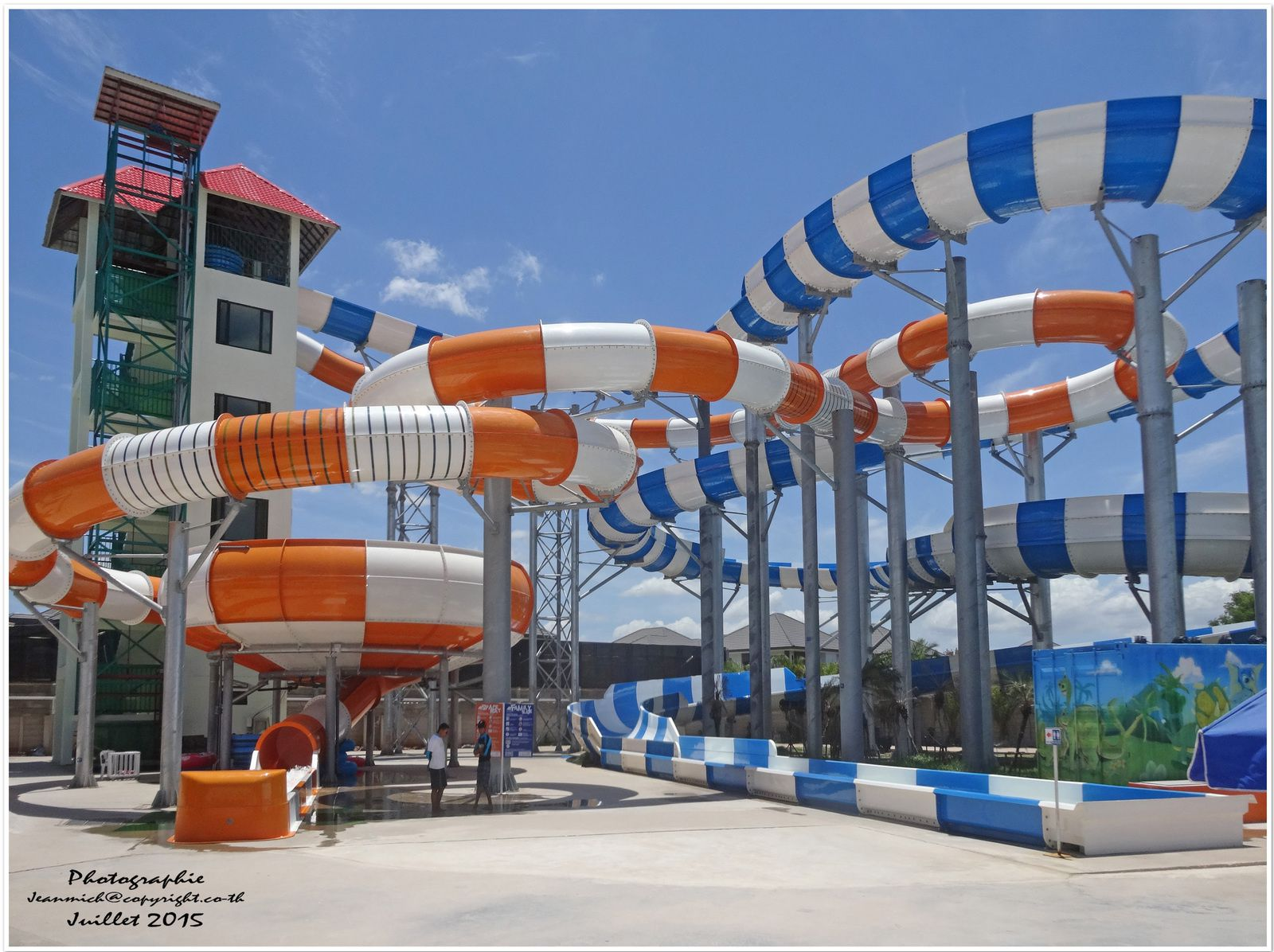 Dino Water Park, Parc aquatique Khon Kaen (II)