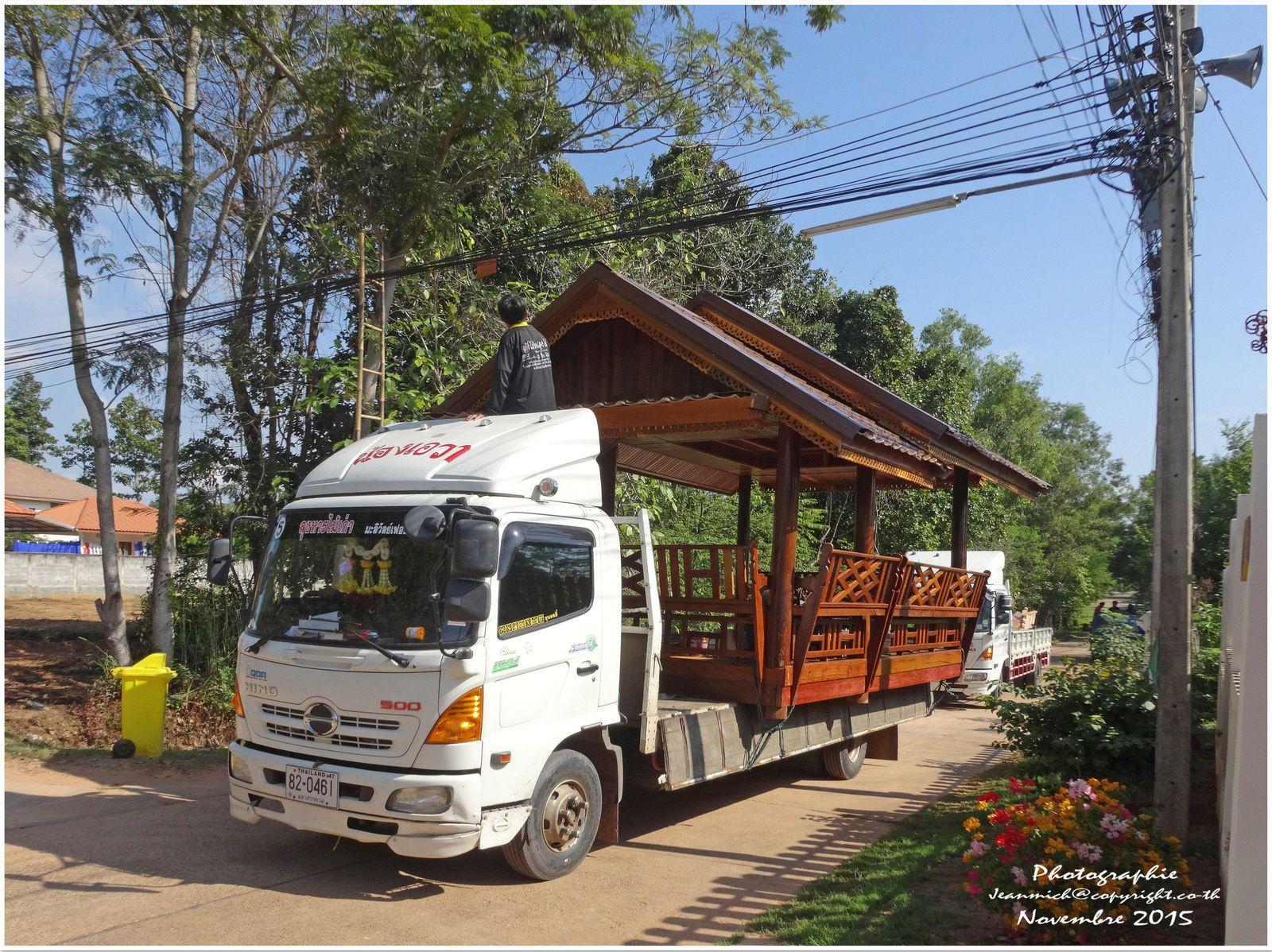 Un transport spécial..... (Thaïlande)