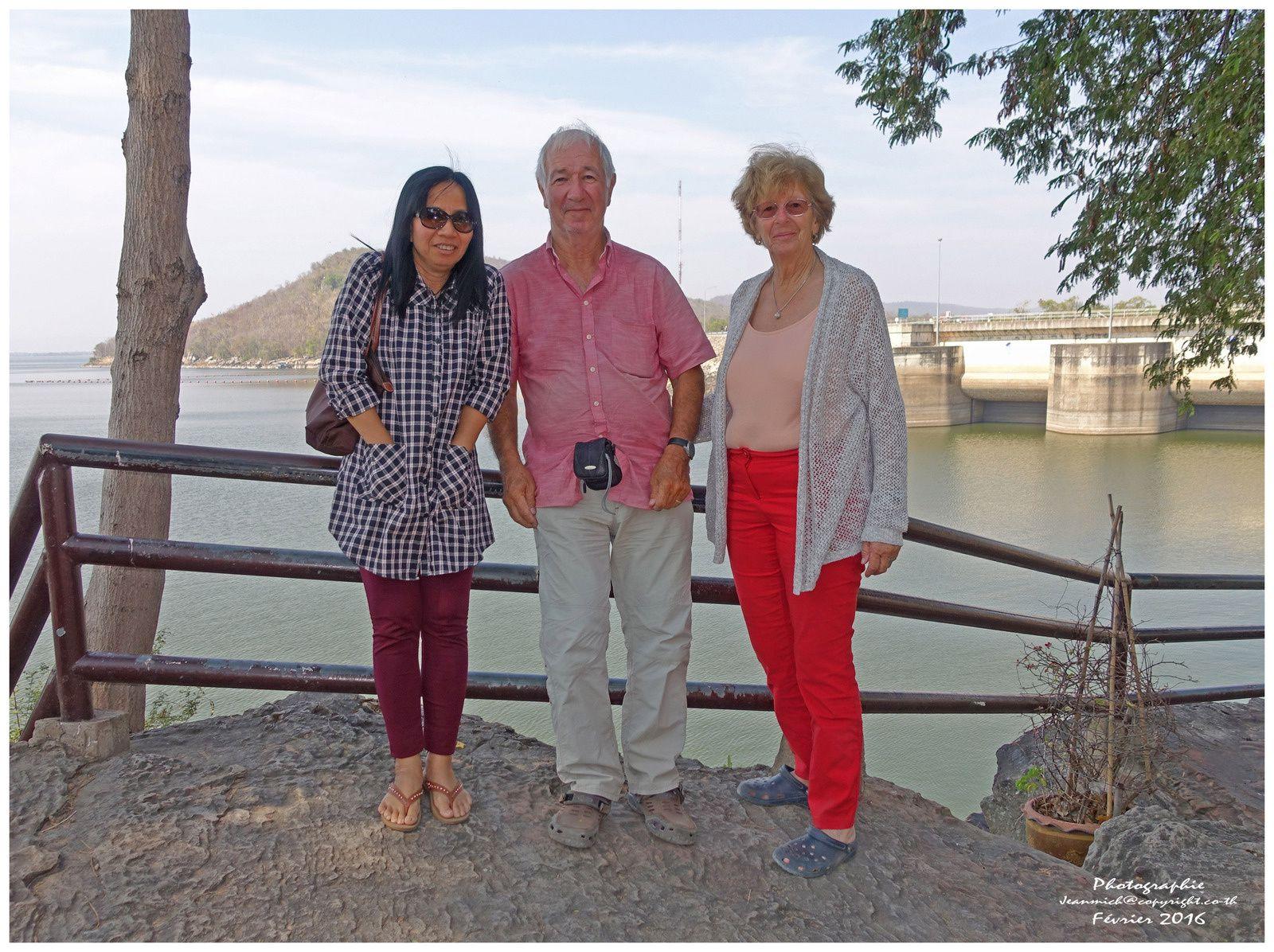 De la Suisse en Thaïlande en voiture, nos amis les globe-trotteurs sont là......