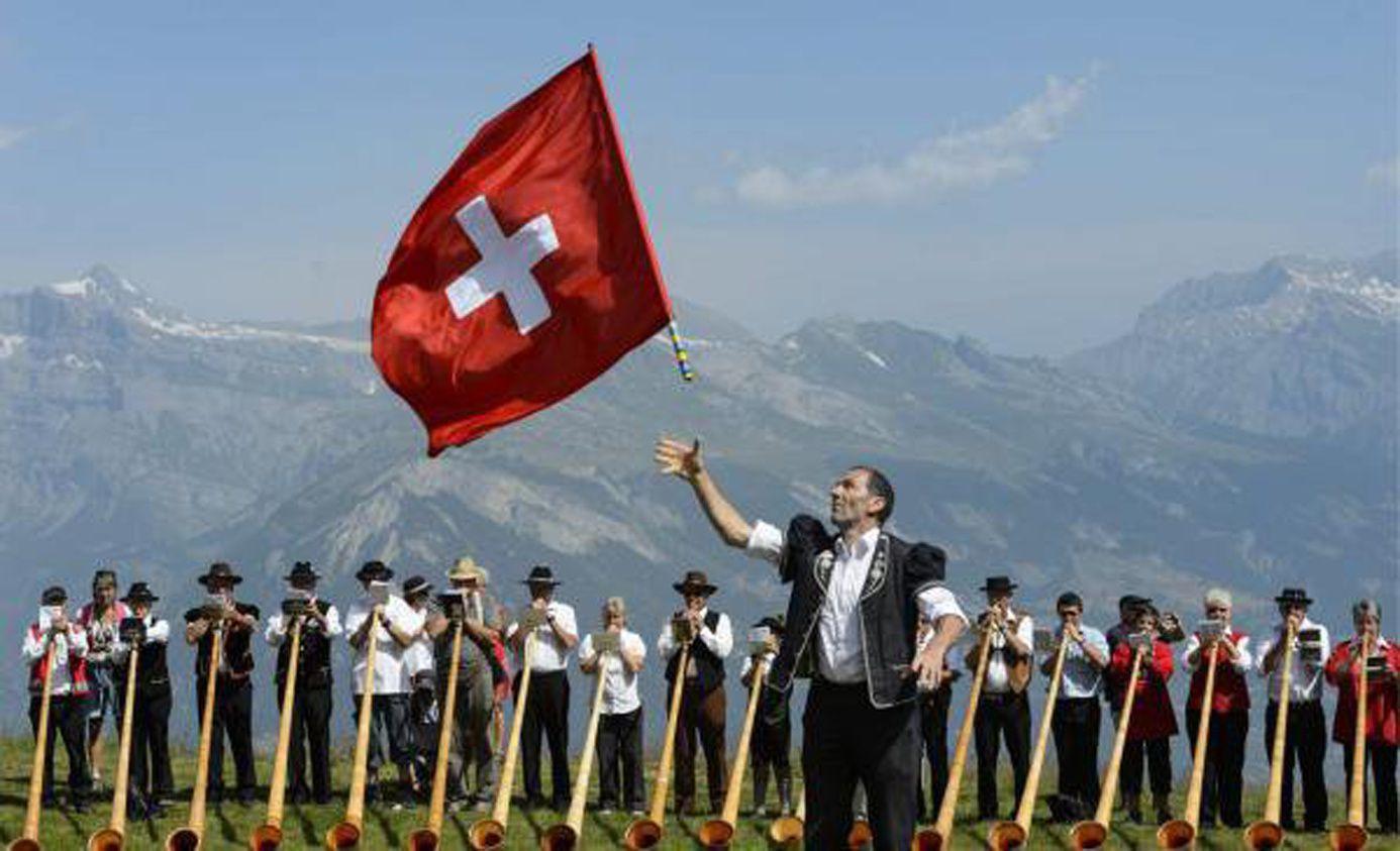 Bonne fête nationales amies et amis de Suisse