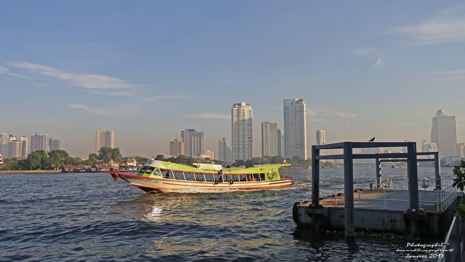 Les routes de Bangkok.....