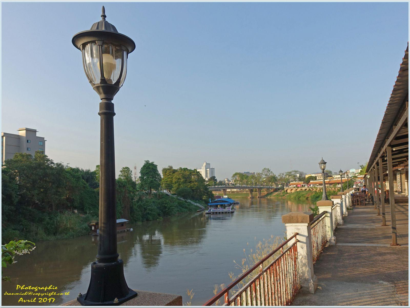 Soirée tranquille à Phitsanulok