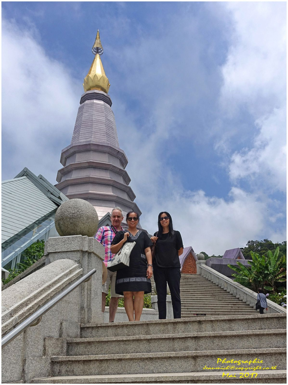 Doi Inthanon les Chedis (I) ดอยอินทนนท์ (Province de Chiang Mai).