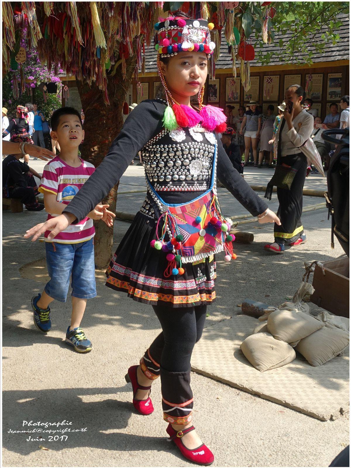 Les différentes ethnies de Xiyhuangbanna (Chine)