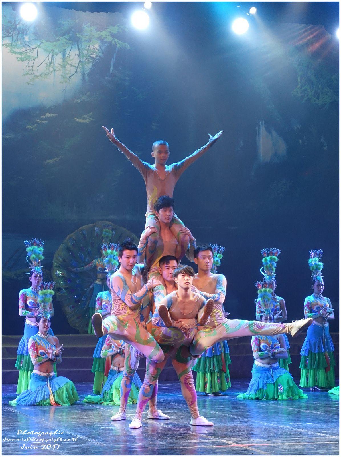Spectacle théâtre de Xishuangbanna (Yunnan Chine)