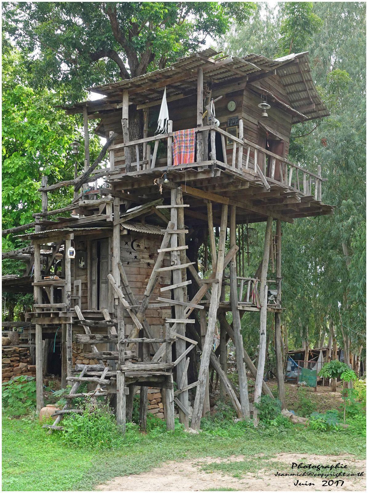 Une maison originale en Thaïlande (Isaan, Khon Kaen)