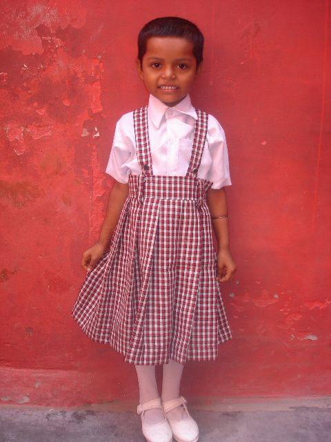 Vandana, scolarisée par l'association.