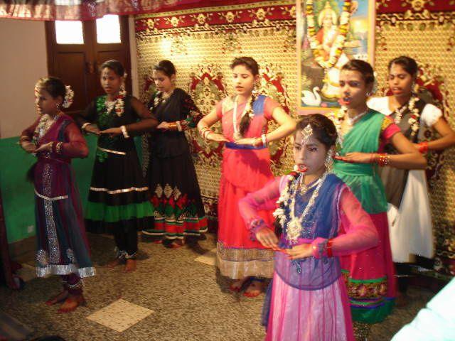 61. Février 2015 – Show Sarasvati Puja