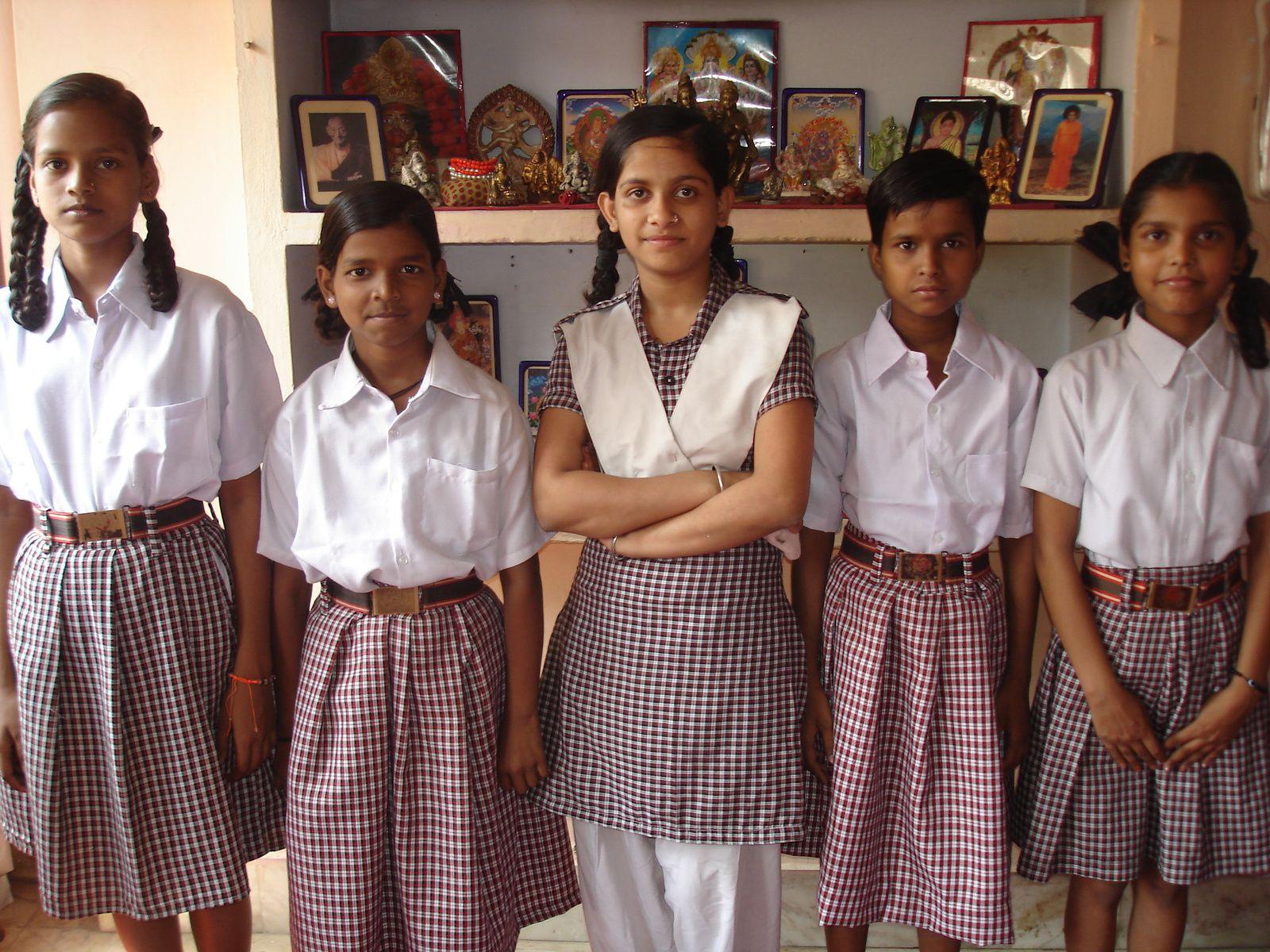 Renu, Vandana, Shivani, Diksha et Sandya