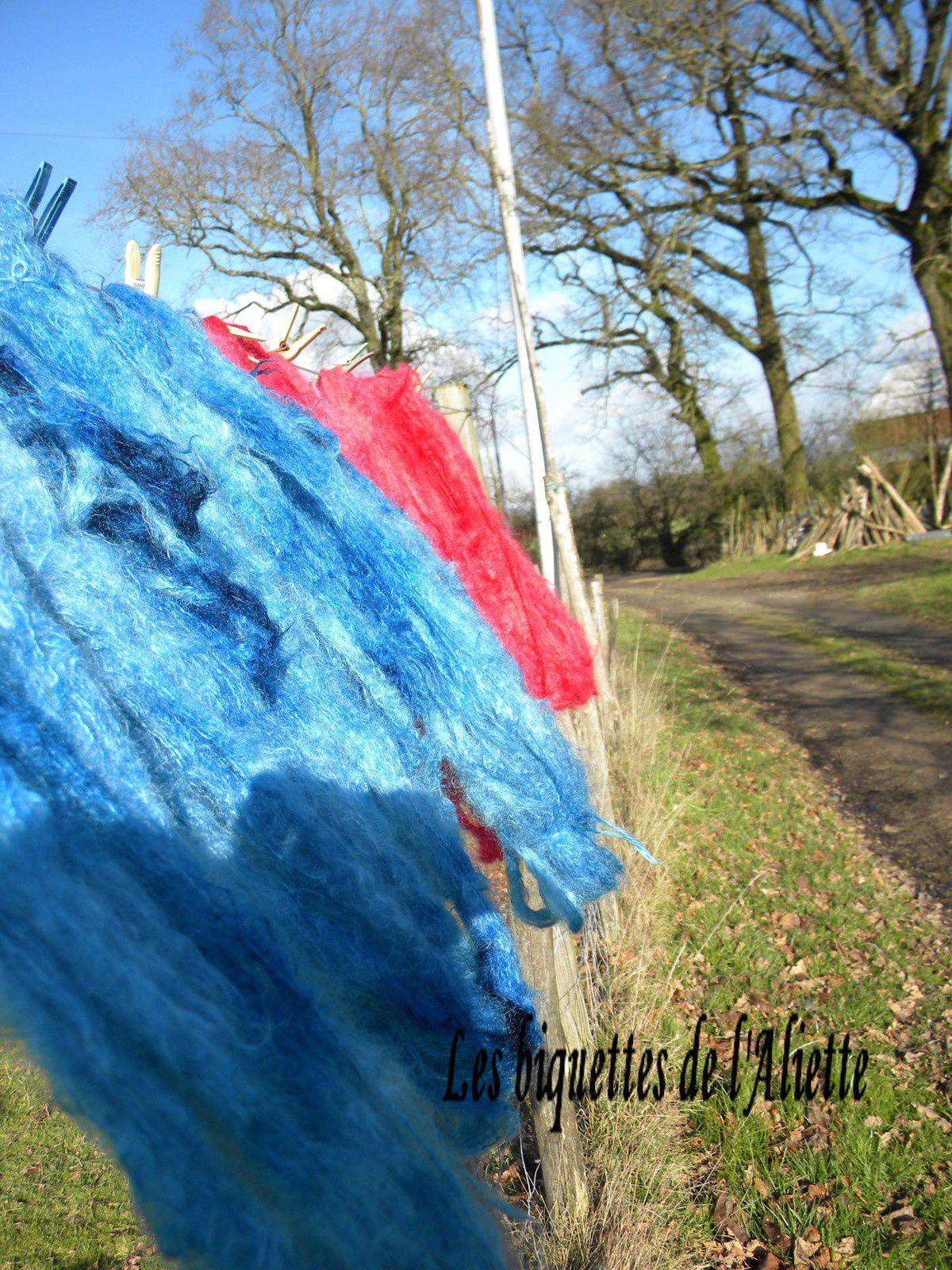 LE DOUILLET COSY N°41 Le chèche bleu...MOHAIR ET SOIE.