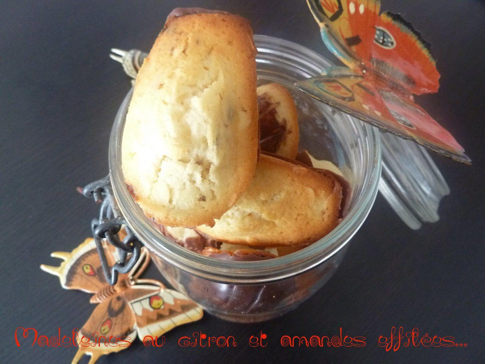 Madeleines au citron, amandes éffilées et nappage chocolat (on n'est pas à une gourmandise près!!)