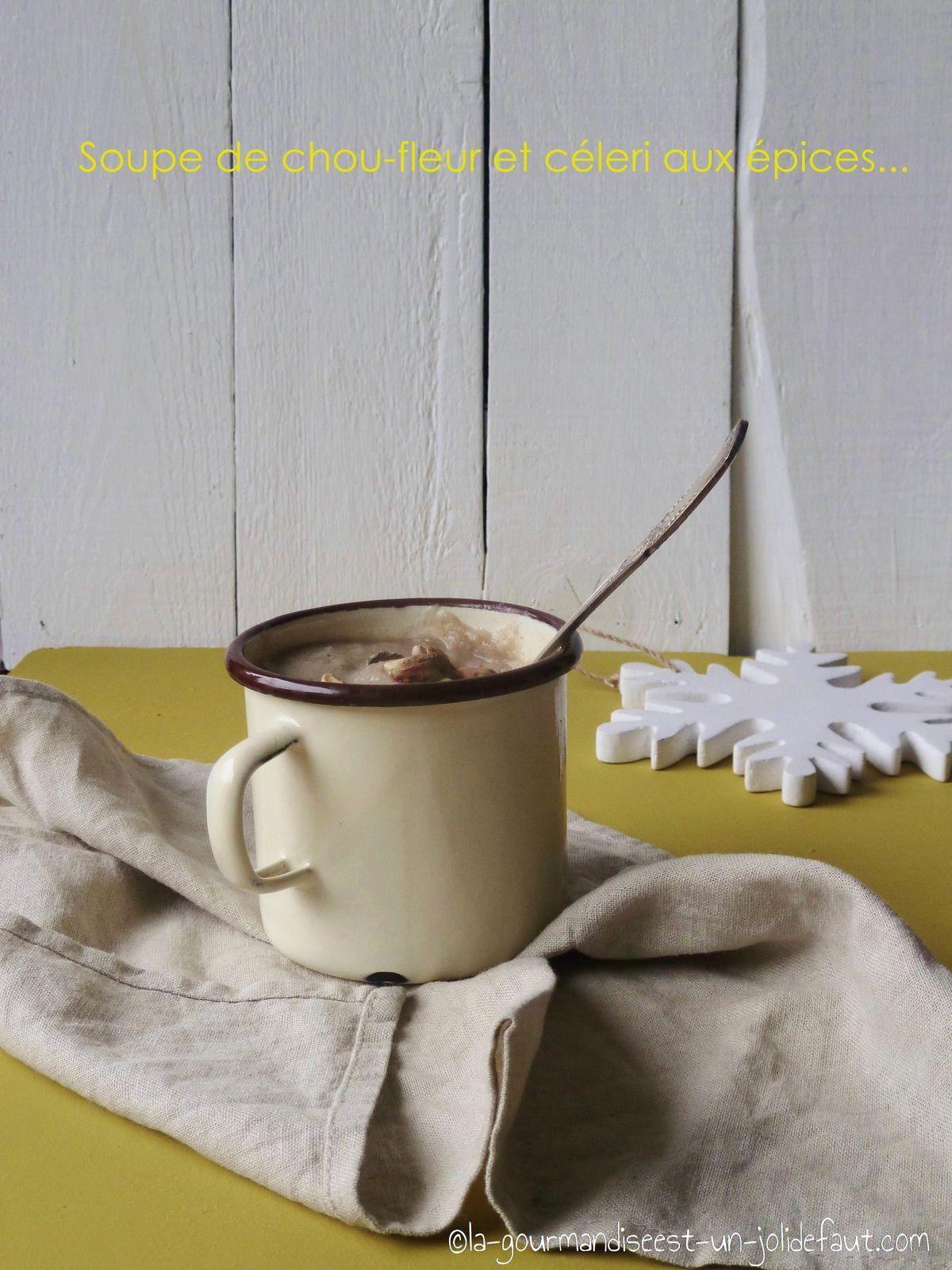 Soupe de chou fleur et céleri aux épices
