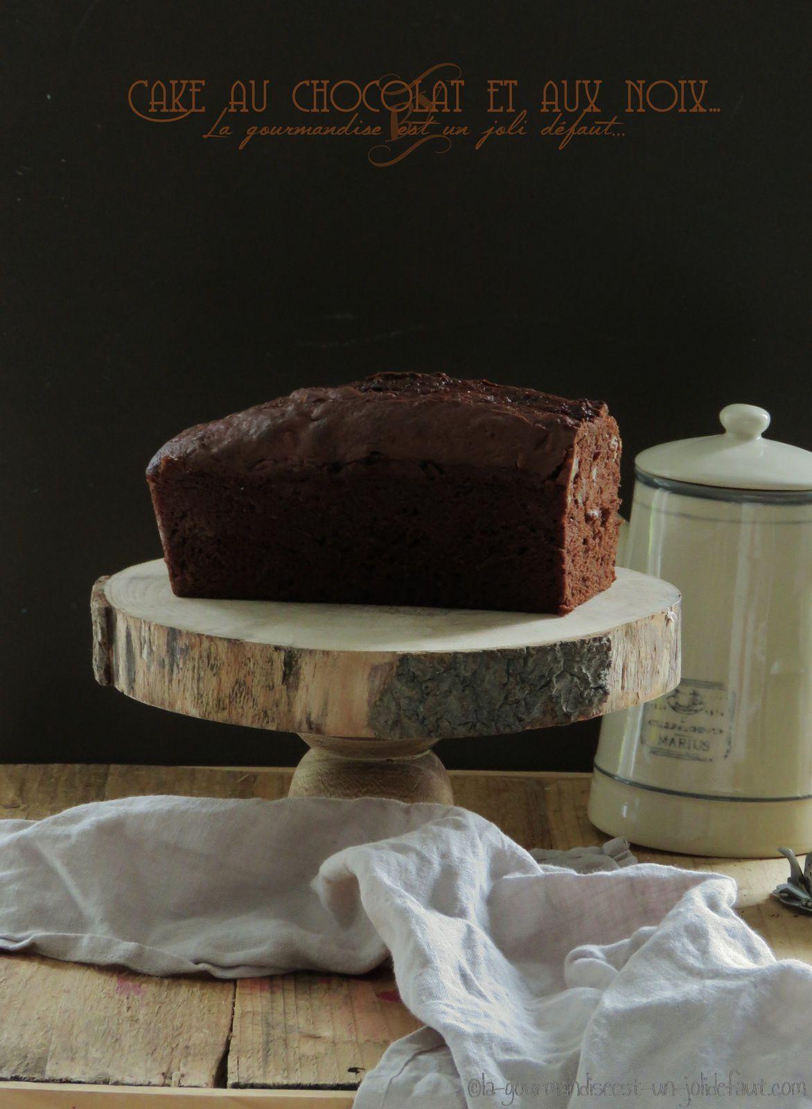 Cake au chocolat et aux noix {à la crème fraiche}