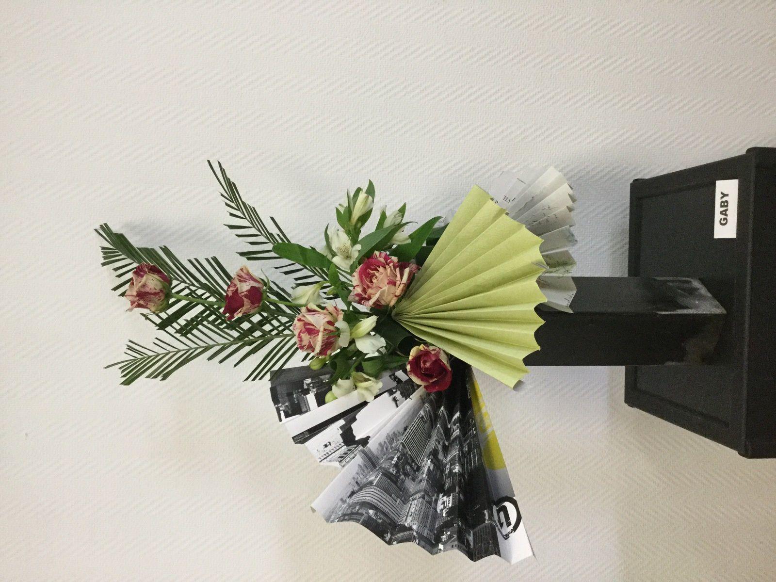 Roses, Robelini, Aspidistra, Alstromeria,