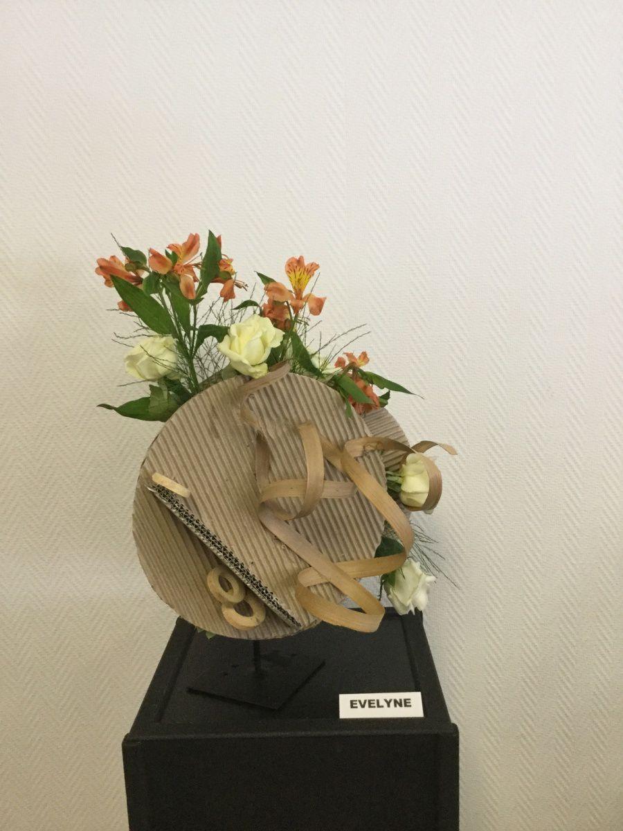 Disque de carton ondulé, Roses, Alstroméria, Treefen, Molucelle,Ornithogale