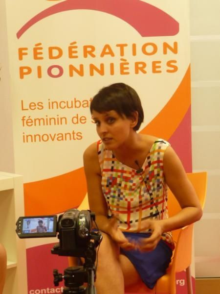 Najat Vallaud-Belkacem NVB sexy cuir leather discours assemble parti socialiste gauche primaires bas hollande royal
