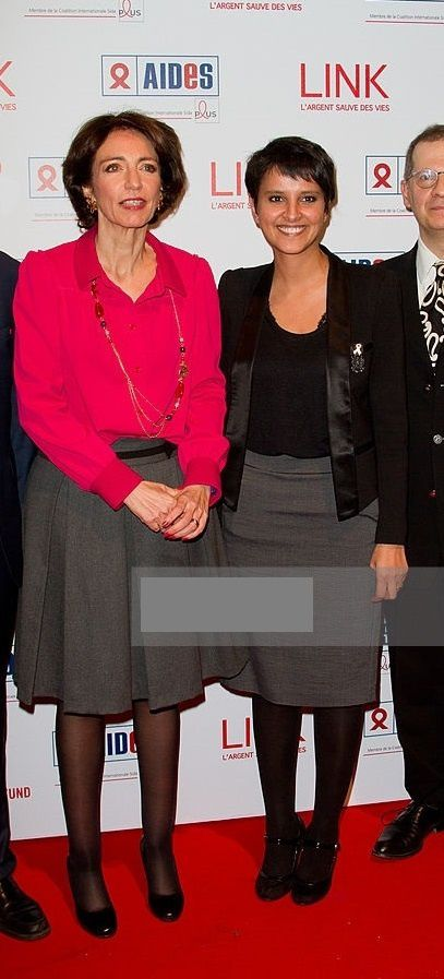 Najat Vallaud-Belkacem NVB Gala contre le SIDA Valérie Trierweiler jupe bas collants chaussures talons