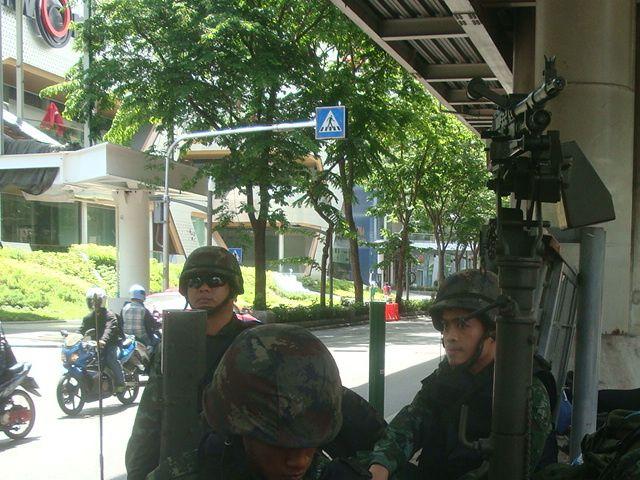 Des soldats à Bangkok aujourd'hui