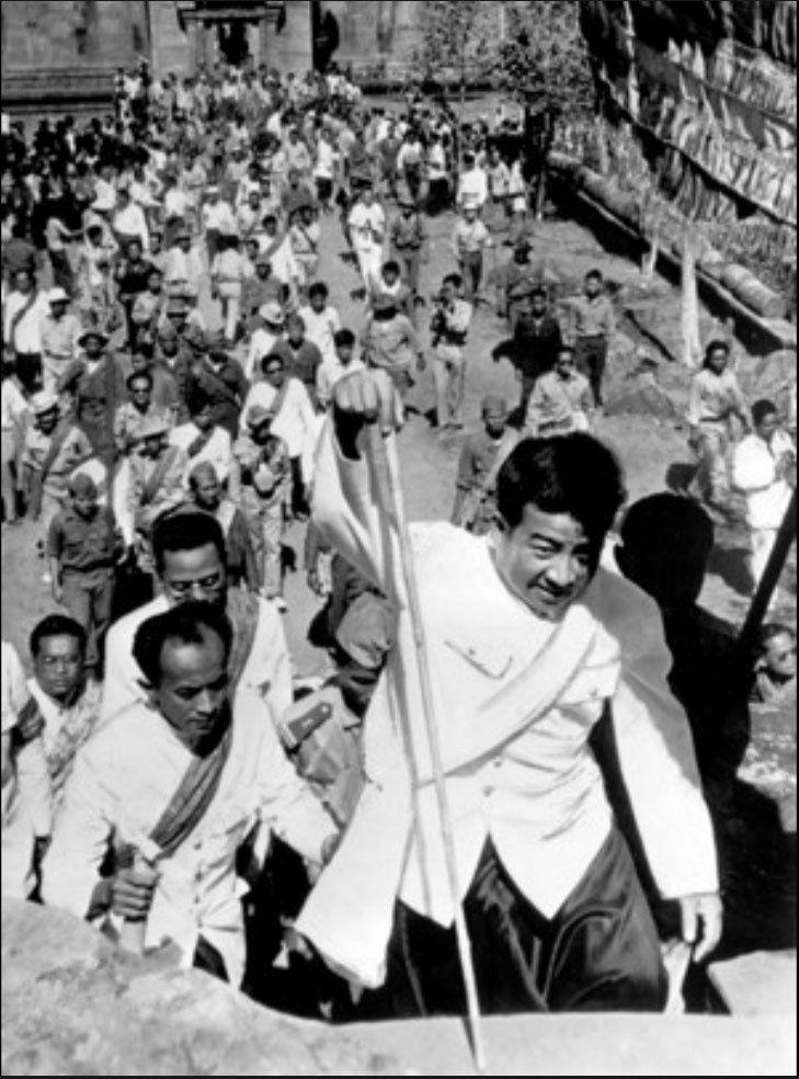Le prince Sihanouk à Preah Vihear